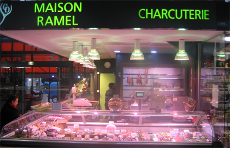 Maison Ramel charcuterie stand marché Dijon